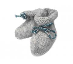 Chaussons bottines alpaga grise et ruban fleuri bleu fleurs blanches