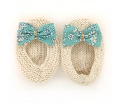 Chaussons ballerines écru nœud tissu liberty turquoise